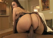 Black Ass Addiction, Scene 4